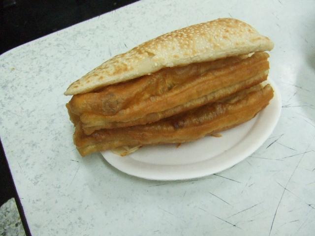 四海豆漿大王 揚げパンとパン